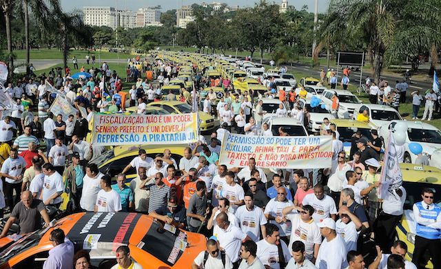 Taxi drivers protests in Rio de Janeiro in 2015